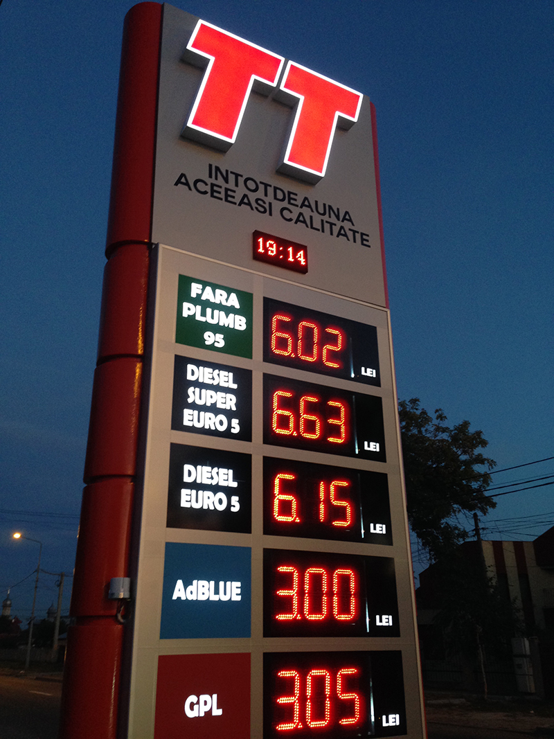 LED Gas Price Signs Cases Collection In Europe-30